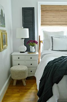 5 tips and ideas to help you create a comfortable and cozy bedroom for fall using textures