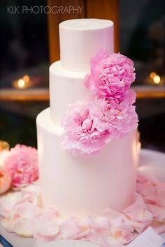 #pink wedding #cake ~ Pixie's Petals