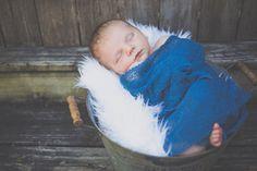 lake of the Ozarks missouri children's natural light photographer. newborn photography.