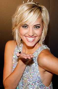 hair colors, short haircuts, layered hairstyles, short hairstyles, bob hairstyles, blond, shorts, girl hairstyles, wavy hairstyles