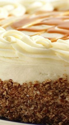 Kentucky Bourbon Butter Cake with Cream Cheese Frosting and Salted Caramel Sauce dessert recipes Brownie Desserts, Just Desserts, Delicious Desserts, Cupcake Recipes, Baking Recipes, Dessert Recipes, Sauce Recipes, Coconut Dessert, Gateaux Cake