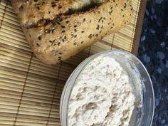 Tonhalkrém (tortillában, friss ropogós kenyérrel) 🌯🥖🍴👌🏼 recept lépés 2 foto Ice Cream, Bread, Food, Sherbet Ice Cream, Meal, Essen, Hoods, Breads, Meals
