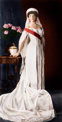 "Tatiana Nikolaevna Romonava of Russia. 2nd child of Tsar Nicholas II (Nikolai Alexandrovich Romanov) (1868-1918) & Alexandra ""Alix"" (1872-1918)."