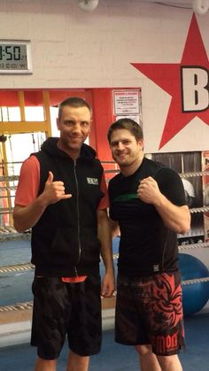 Urobach proudly support Perth's Ben Wheeler. Ben who trains out of MMA Clinic Perth is a top bloke and awesome BBJ and MMA coach. Here glen is rocking the Urobach Origin MMA Fight Shorts available At good mma retailers and www.urobach.com #mmaclothing #mmashorts #mmafightshorts