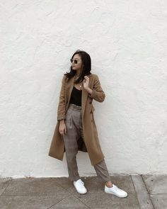 Cold weather outfits casual Cold weather look - camel coat Women's Work Pants By Dick Cold Weather Outfits Casual, Winter Mode Outfits, Cute Winter Outfits, Casual Outfits, Cold Weather Style, Cold Weather Fashion, Casual Winter, Winter Clothes, Holiday Outfits