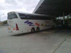 Twitter / @emolivgar a @torresbus he coincidido en Lerma con un bus. Gracias Emilio por la foto!!