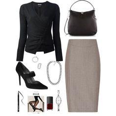 Falda gris con blusa negra