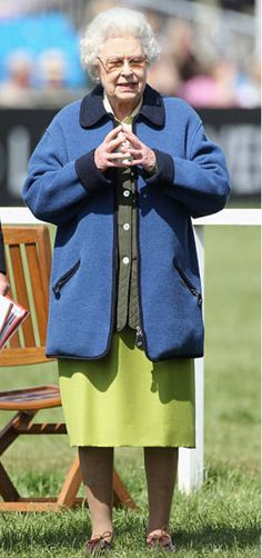 2011 Royal Monarchy, Global Icon, Elisabeth, Diva Fashion, Queen Elizabeth Ii, British Royals, Royalty, Princess, Lady