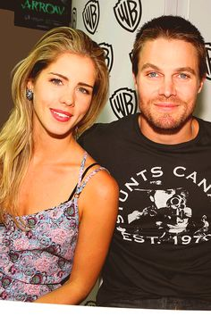 Stephen Amell and Emily Bett (Oliver & Felicity)