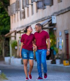 Couples African Outfits, African Wear Dresses, African Clothing For Men, Couple Outfits, Couple Photoshoot Poses, Couple Shoot, Cute Black Couples, Fashion Couple, Photography