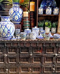 Vintage Indian damachiya, crisp blue and white pottery from Safi, Morocco  Tierra Del Lagarto - Scottsdale Furniture Store | NEW FINDS