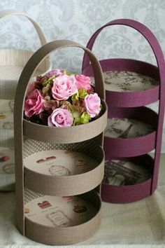 Easy Recycle Craft - You could use plastic lids to create this look!Three tier display - photo only. Old cake pans, cover, and line with vintage paper. Or sturdy cardboard rounds cut to size, I've seen large cardboard tubs tossed from the kitchen whe Diy Home Crafts, Crafts For Kids, Arts And Crafts, Creative Crafts, Cardboard Crafts, Paper Crafts, Cardboard Tubes, Diy Para A Casa, Carton Diy