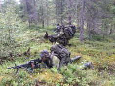 Swedish Rangers wearing Splinter Camouflage