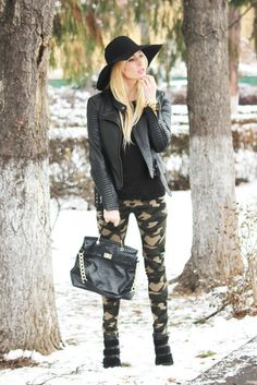Awesome fashion Military Inspired Fashion, Camo Fashion, Fashion Outfits, Women's Fashion, Fashion Guide, Camo Pants Outfit, Camo Outfits, Camo Jeans, Military Trends