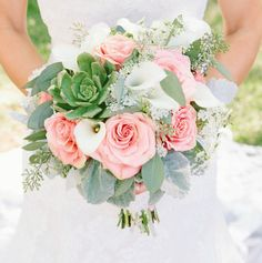 Sweet Wedding Bouquets for the Romantic Bride. http://www.modwedding.com/2014/01/31/sweet-wedding-bouquets-for-the-romantic-bride/ #wedding #weddings #bouquets