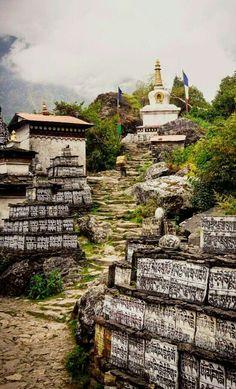 Nepal. www.haisitu.ro