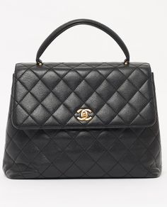 Channel lady like French chic with this vintage Chanel caviar skin Kelly hand…