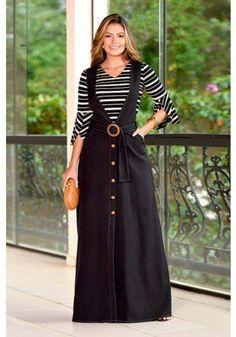Muslim Fashion, Hijab Fashion, Fashion Dresses, Casual Dress Outfits, Stylish Dresses, Indian Designer Outfits, Designer Dresses, Jeans Rock, African Dress
