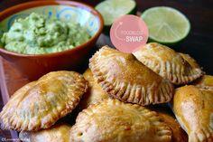 Voor de Foodblogswap van deze maand mocht ik koken van de blog Ellouisa Cooking. Erg leuk, want ik volg haar blog al een hele tijd.Ik maakte empanadas