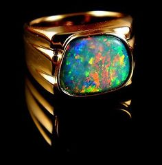 Stunning Mens Opal Ring 14k Gold