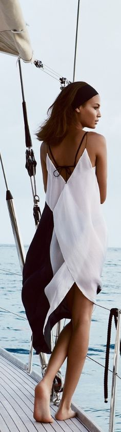 summer flowy dress. Pretty but not practical on a sailing ship........................