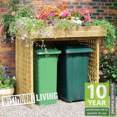 New wooden double wheelie bin store dustbin storage rubbish screen Bin Store Garden, Bin Shed, Garbage Storage, Recycling Storage, Garden Shed Diy, Small Garden Design, Small Garden With Shed, Shed Design, Raised Garden Beds
