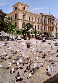 Syros Ermioupoli http://www.syrosinfo.gr/images/gansyros.jpg