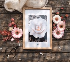 #ideecadeau #fetedesmeres Day, Frame, Photos, Gifts, Home Decor, First Mothers Day Gifts, Gift Ideas, Picture Frame, Pictures