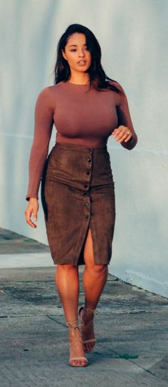 Missguided Faux suede khaki green skirt x bodysuit | Beyondherreality.com