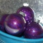 How to Make Glittered Glass Ornaments for Christmas