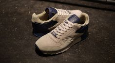 "FRANK THE BUTCHER x Reebok CL LEATHER LUX ""CL LEATHER 30th ANNIVERSARY"""