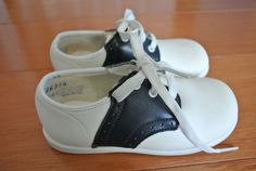 Vintage Baby Shoes  White & Navy Leather Saddle by NellsNiche, $30.00