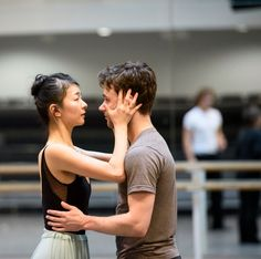 Alexander Campbell answers the Gramilano Questionnaire… Dancers' Edition - The Two Pigeons in rehearsal with Alexander Campbell and Yuhui Choe - ©ROH, Bill Cooper, 2015
