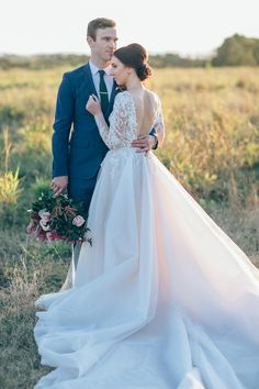 Romantic Casuarina Wedding - Polka Dot Bride | Photo by Love From Luff http://www.lovefromluff.com/