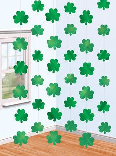 Shamrock St Patrick's Day string decoration - 6m. St Patrick's Day themed party ideas, decorations, Irish St Patrick's Day fancy dress and tableware with shamrocks in Irish colours green white and orange