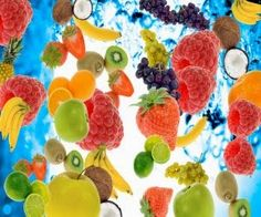 USA Fresh : Winter cocktails Recipes for those looking for act. Fresco, Strawberry Background, Image Fruit, Fruits Images, Fruits Pictures, Fruit Infused Water, Beautiful Fruits, Hd Led, Foods