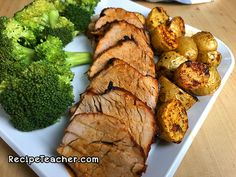 Mouthwatering, tender, juicy and delicious pork tenderloin made in an air fryer. Fried Pork Tenderloin, Pork Tenderloin Recipes, Pork Recipes, Cooking Recipes, Healthy Recipes, Cooking Tips, Air Fryer Recipes Pork Loin, Food Tips, Fish Recipes