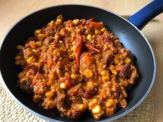 Chutné a štipľavé: Vegánske chilli con carne - Dobré potraviny Chilli Sin Carne, Chili, Curry, Soup, Ethnic Recipes, Curries, Chile, Soups, Chilis