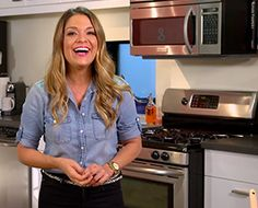 You've got your jersey. You've sent out the invites. Now, all that's left for your Super Bowl party is a little game day grub. Lifestyle expert Sabrina Soto whipped up some fun, quick, and easy...