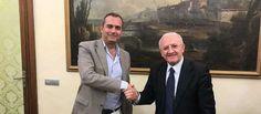Accordo tra De Luca e de Magistris cè la firma per impianti di compostaggio raccolta differenziata e Stadio Collana