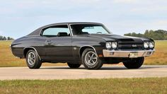 hot rods old school cars - hot rods oldschool-autos hot rods old school cars - red old cars. girls old cars. old cars Chevrolet Chevelle, 1970 Chevelle Ss 454, Old School Muscle Cars, Old School Cars, Best Muscle Cars, American Muscle Cars, High School, Rat Rods, Gm Car