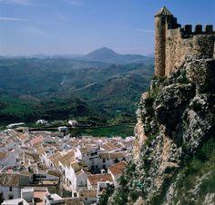 Olvera (Cádiz), by @Estampas_Cadiz