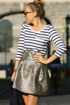 love the casual top with metallic skirt Metallic Skirt, Sparkly Skirt, Silver Skirt, Gold Skirt, Stripe Skirt, Playing Dress Up, Passion For Fashion, Spring Summer Fashion, Dress To Impress