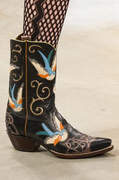 Hewwo Nurse, elslehughes: House of Holland Fall 2017 RTW Funky Shoes, Crazy Shoes, Me Too Shoes, Sock Shoes, Shoe Boots, Shoe Bag, Creative Shoes, Cowgirl Boots, Fashion Killa