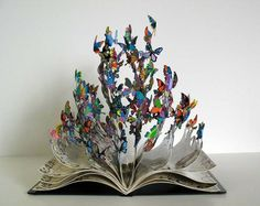 The book of life // El libro de las mariposas de Chernobyl   Libro terminado y coloreado