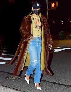 Rihanna You, Rihanna Looks, Rihanna Outfits, Rihanna Photos, Rihanna Fenty, Rihanna Fashion, Dinner Outfits, Evening Outfits, Kylie Jenner