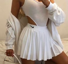 Boujee Outfits, Sporty Outfits, Teen Fashion Outfits, Retro Outfits, Girly Outfits, Cute Casual Outfits, Cute Fashion, Look Fashion, Stylish Outfits