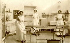 nurses in an operating theatre, WW1 period, Bristol | Flickr - Photo Sharing!