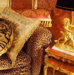Animal Print Living Room with Luxe Leopard Decor, Leopard Prints, Animal Print Rooms, Animal Prints, Funky Furniture, Unique Furniture, Leopard Living Rooms, Safari Home Decor, Modern House Design