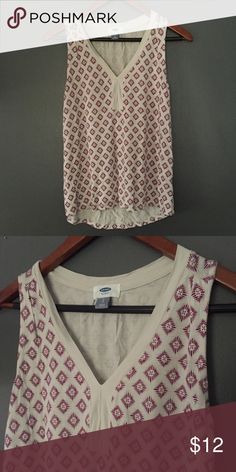 Printed Sleeveless Top Worn once, no signs of wear. Soft, flowy fabric. From Old Navy. Size small. Tops